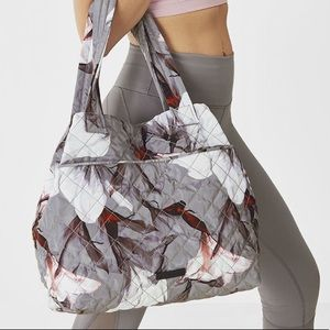 [Fabletics] Cascade Quilted Tote